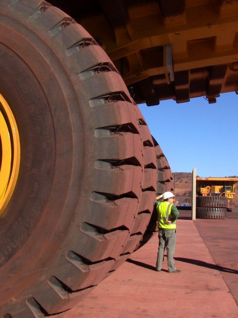 A big workshop for a big mining fleet