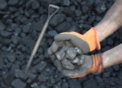 Coal producers raise wage offer to unions