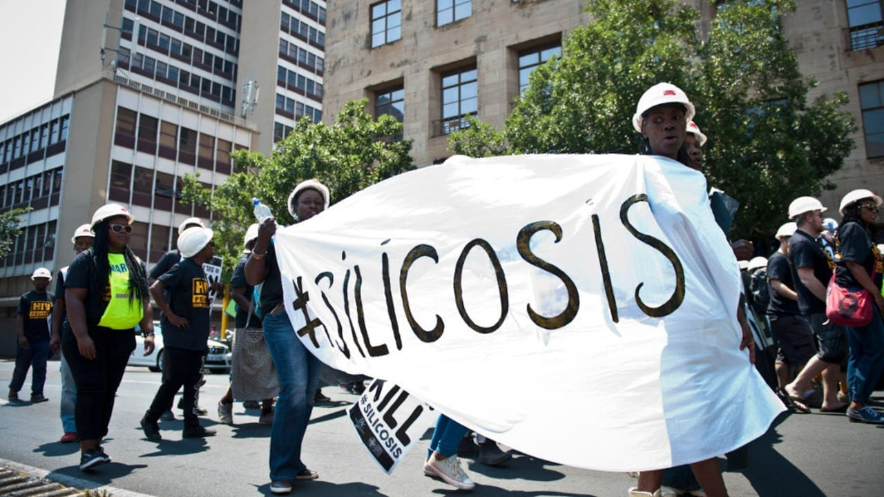South African gold miners near silicosis lawsuit settlement