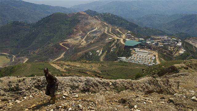 Banro gold mine trucks attacked in eastern Congo, two dead: army