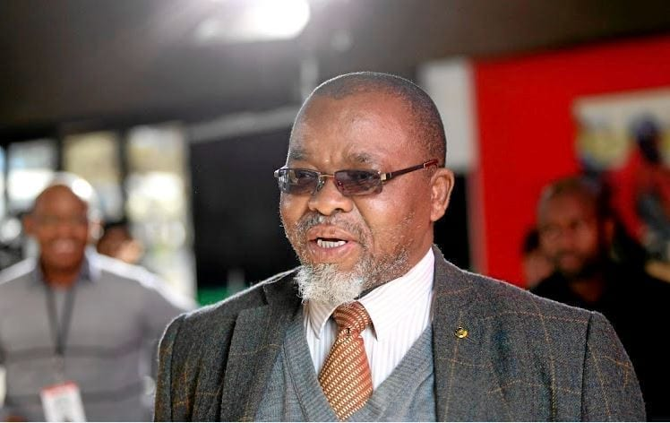 Mantashe considering withdrawing MPRDA Bill – Business Day