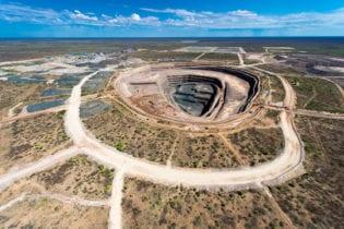 Botswana renews Lucara's mining licence