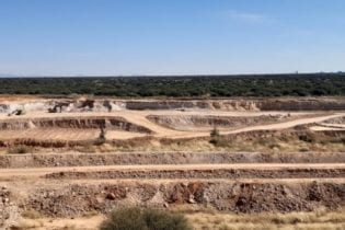 East Manganese on track to commence production in July